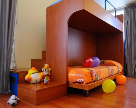 Ideal room for families. The Fantasy Room is designed for toddlers!!