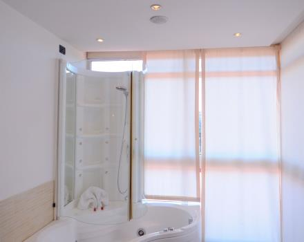 The fantastic suite offers guests a spacious bathroom equipped with Jacuzzi!