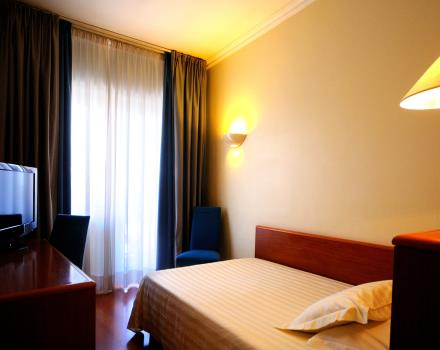 Single room type Dynamic for business travel and study at Best Western Hotel Globous Rome.
