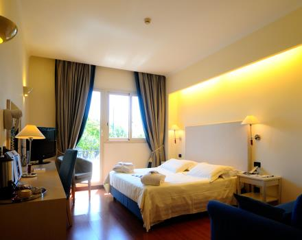 Stay at the Best Western Globus Hotel Rome, 3 stars.